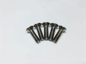 M3, M6 titaanist kruviga lameda pea pistikupesaga titaanist äärikukruvid selgroo operatsioonide jaoks
