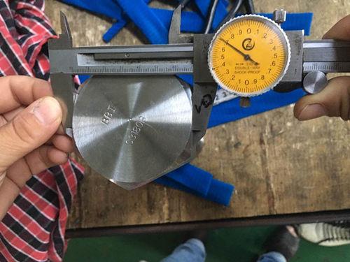 S31803 kuuskantkruvi mõõtmete test
